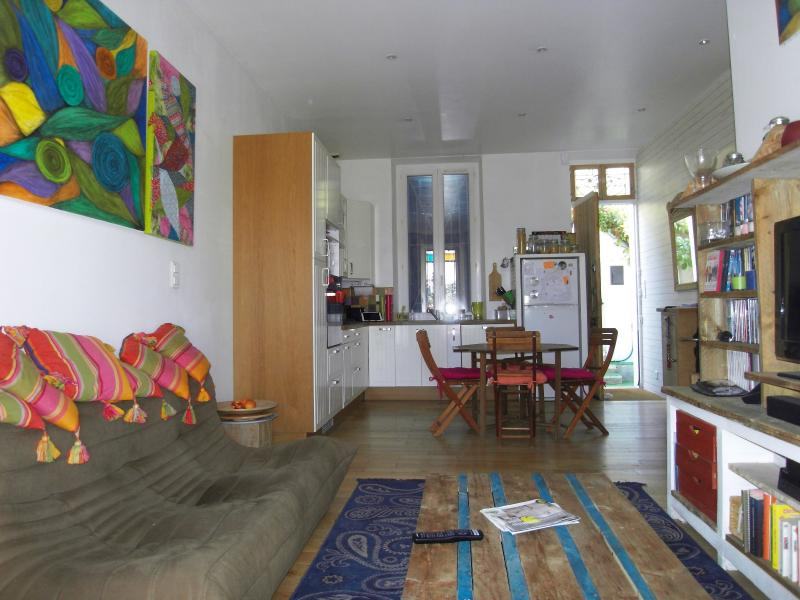 A la location maison les olives marseille 13013 2 chambres for Garage marseille 13013