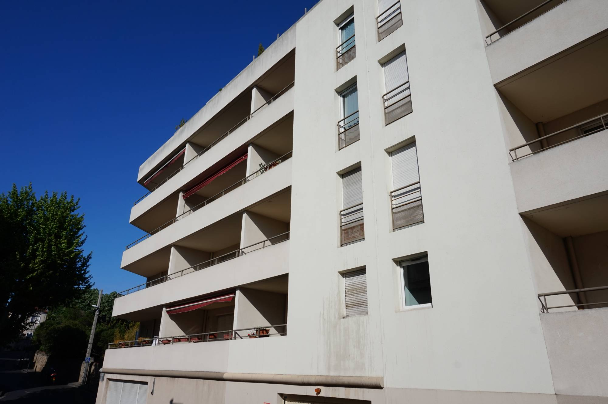 Appartement louer 3 pi ces marseille 04 agence for Agence immobiliere appartement a louer