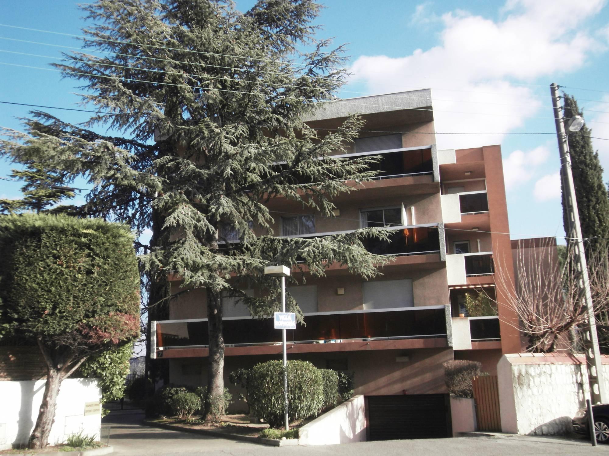 A la vente Bas de Beaumont/Fourragère Appartement 3 pièces d'environ 74 m² avec terrasse et garage