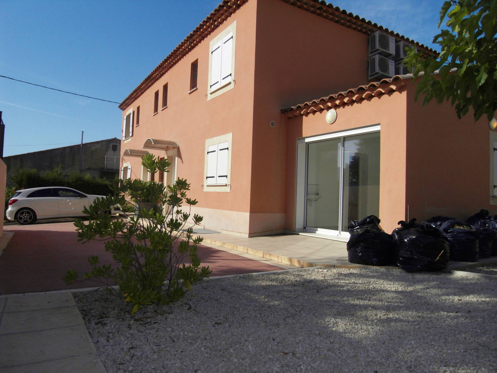 maison louer 13380 plan de cuques maison 5 pi ces avec terrasse privative agence immobili re
