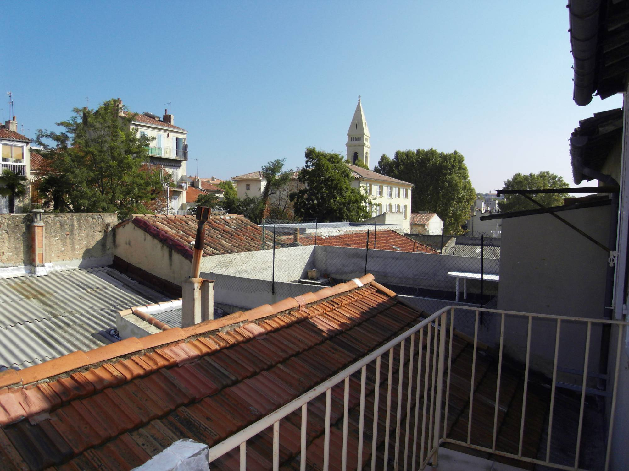 Appartement de 3 pièces à louer centre village St Barnabé 13012 Marseille
