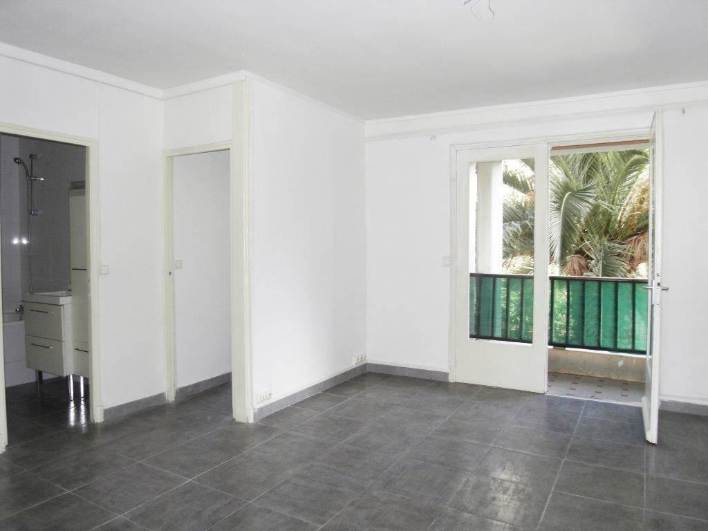 A louer Saint Barnabé/Beaumont Appartement 3 pièces de  52 m² avec balcon