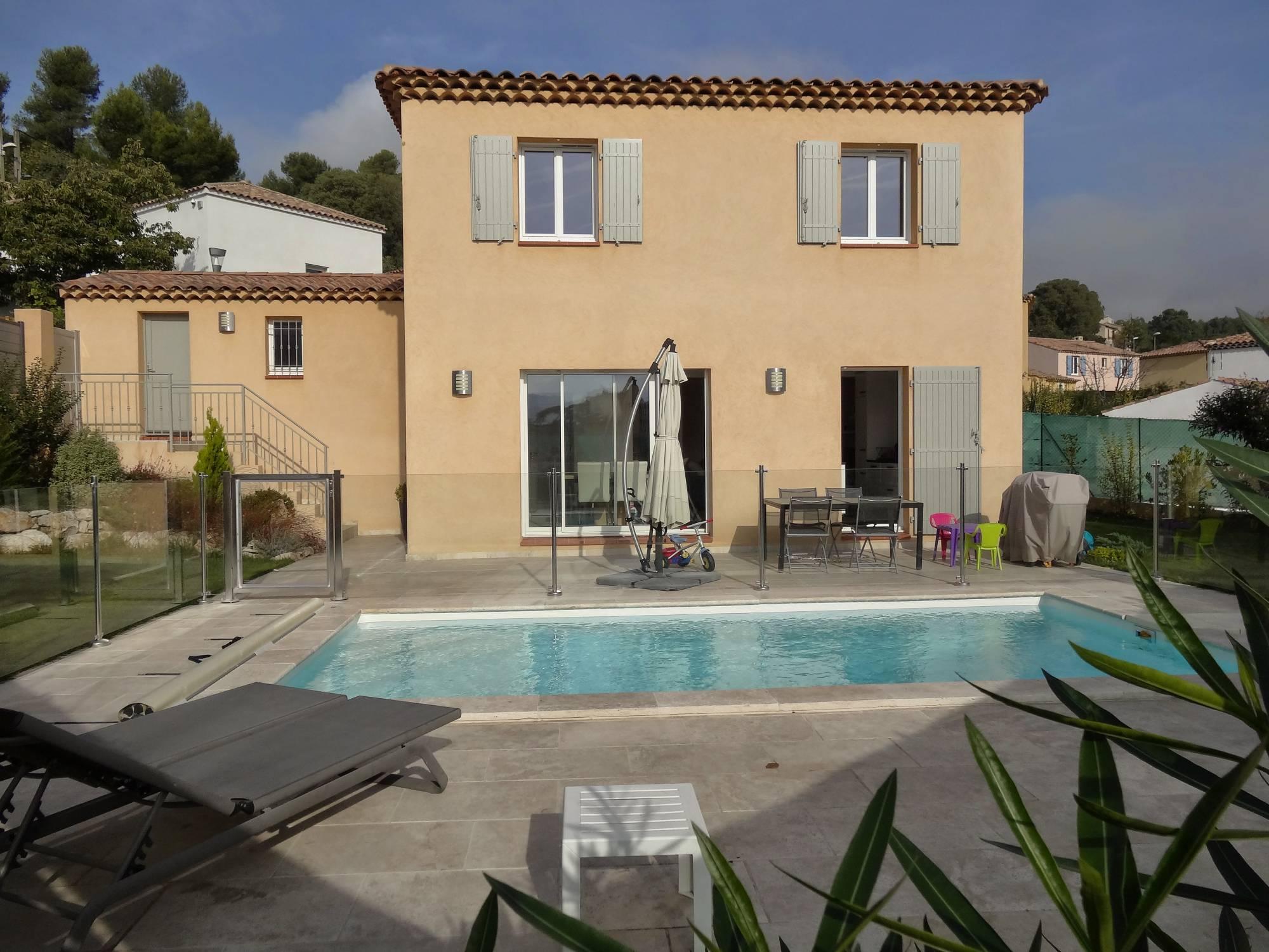 Location marseille 13011 les accates maison 4 pi ces avec jardin et terrasse agence - Terrasse et jardin marseille ...