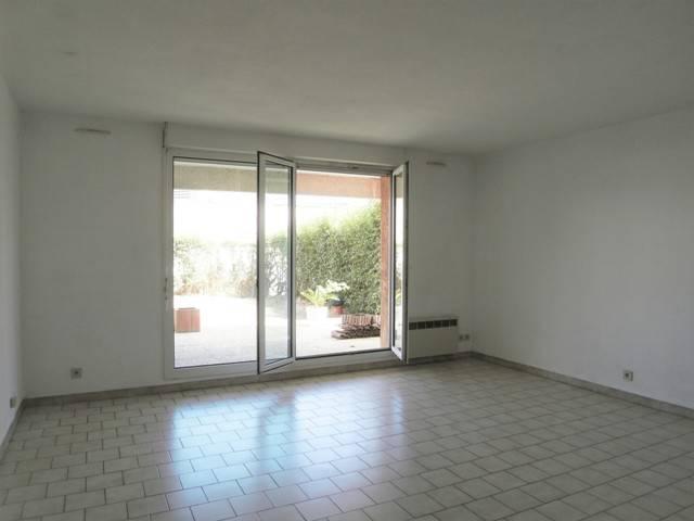 Location appartement t4 rez-de-jardin Marseille 13012